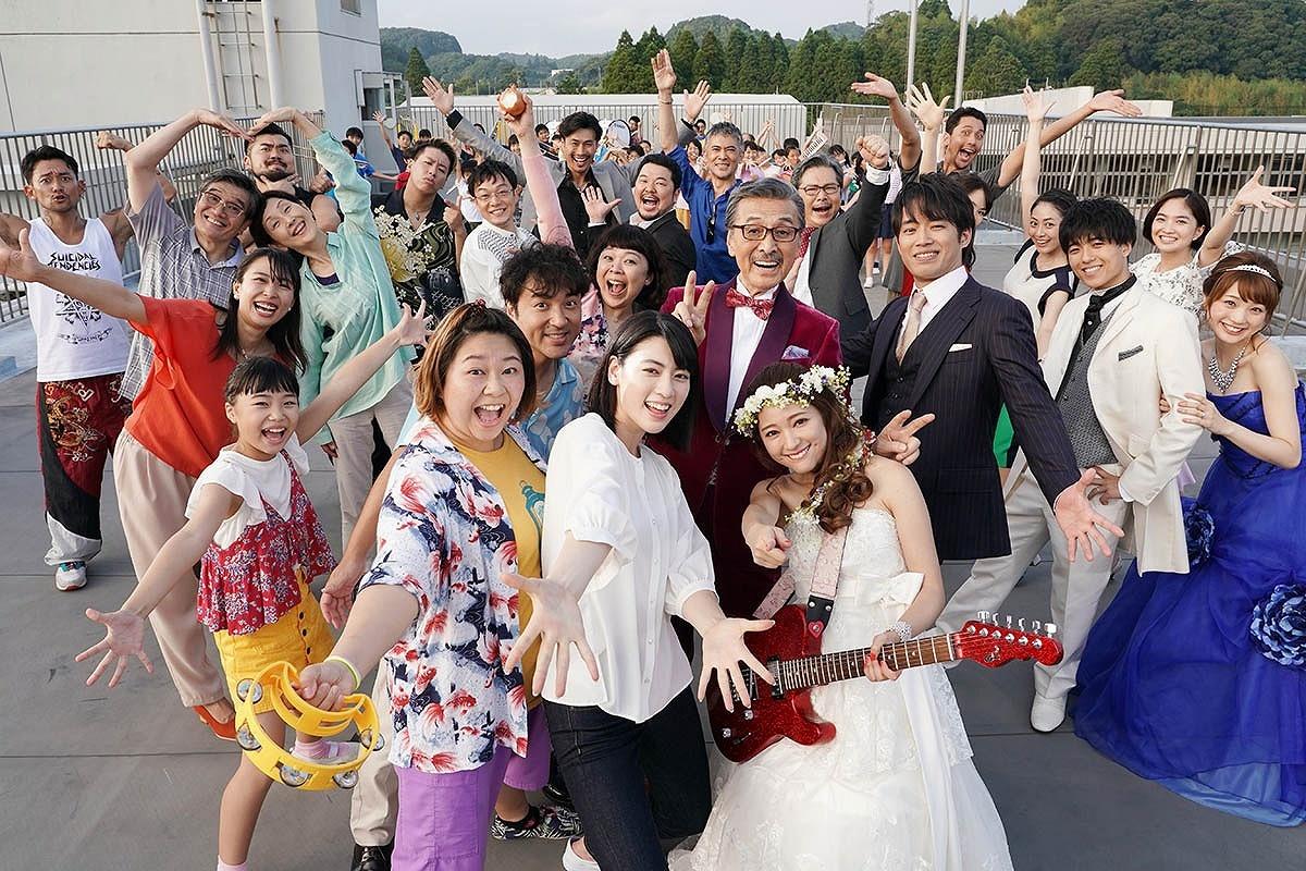 観たあとにハッピーになれる『ダンスウィズミー』は8月16日(金)公開!