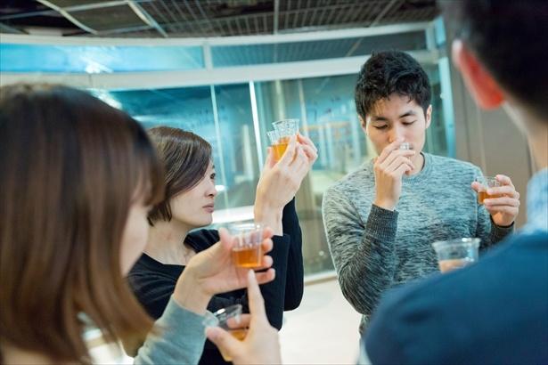 麦汁の飲み比べ体験はアルコールが含まれていないのでキッズも可能!
