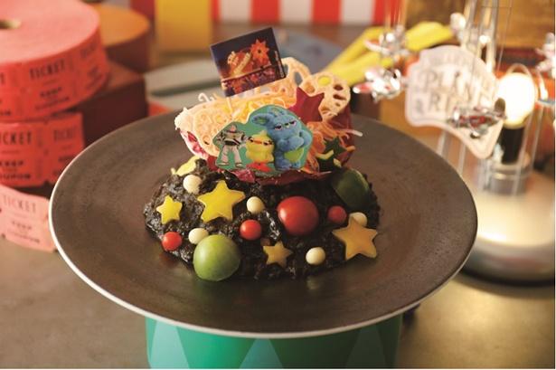 「<バズとダッキー&バニー>夜のカーニバル・パスタ」(税抜 1790円)を食べると、夜の移動遊園地でまだまだ遊びたくなっちゃう!