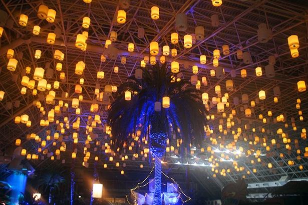 タイのコムローイ祭りをイメージしたティキガーデン