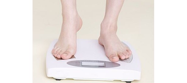 """この正月、""""ダイエット志願女性""""の7割以上が体重を約2kg増やしてしまったという事実が判明!"""