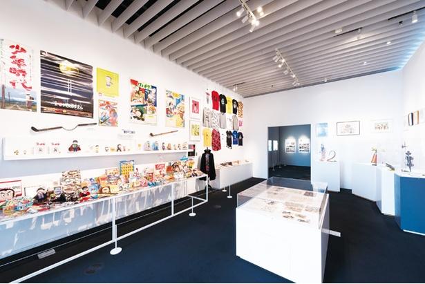 藤子不二雄Ⓐ展ーⒶの変コレクションー / セル画や台本、執筆の参考にした品などが集まるゾーン
