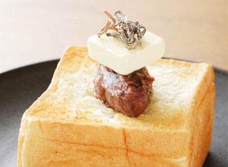 あんバターの厚切りトーストがインパクト大!神戸「HANAZONO CAFE」
