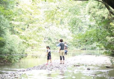 牧の原キャンプ場 / キャンプ場の横を流れる城井川