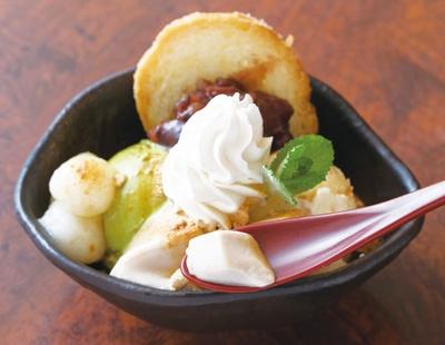 田舎想菜 樂や / 落花生豆腐パフェ(550円)など新しい食べ方を提案