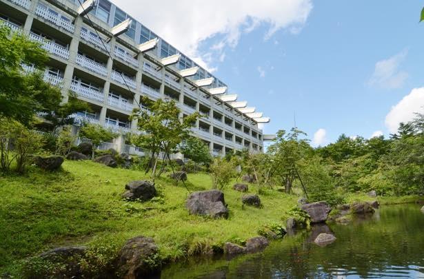 国立公園内に位置する豊かな自然環境の中にある本格リゾート「大江戸温泉物語 日光霧降」