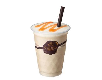 【写真を見る】豆乳をベースにゴディバオリジナルチョコレートをブレンドした「ソイリキサー ホワイトチョコレート ピーチ」