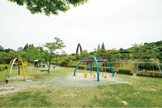 小さい子供が集まる「ちびっこ広場」 / 夜須高原記念の森