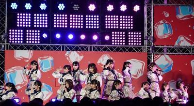 【画像を見る】 チーム8「SUMMER STATION 音楽LIVE」には16名が出演