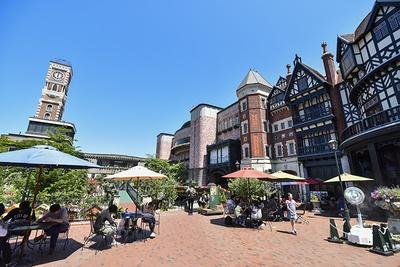 パーク内の中庭からの眺め。ヨーロッパの町並みを思わせる建物がとってもおしゃれ