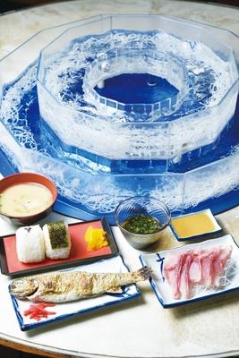 指宿市営唐船峡そうめん流し / A定食(1650円)。そうめんは小豆島産「島の光」、ツユは創業以来変わらない味。通年営業