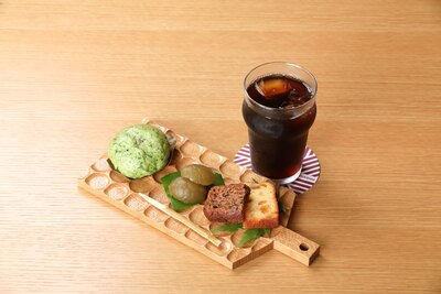 ヒストリアテラス五木谷 / 「キナイカフェ」のよけまんスイーツセット(650円)。食事もおすすめ