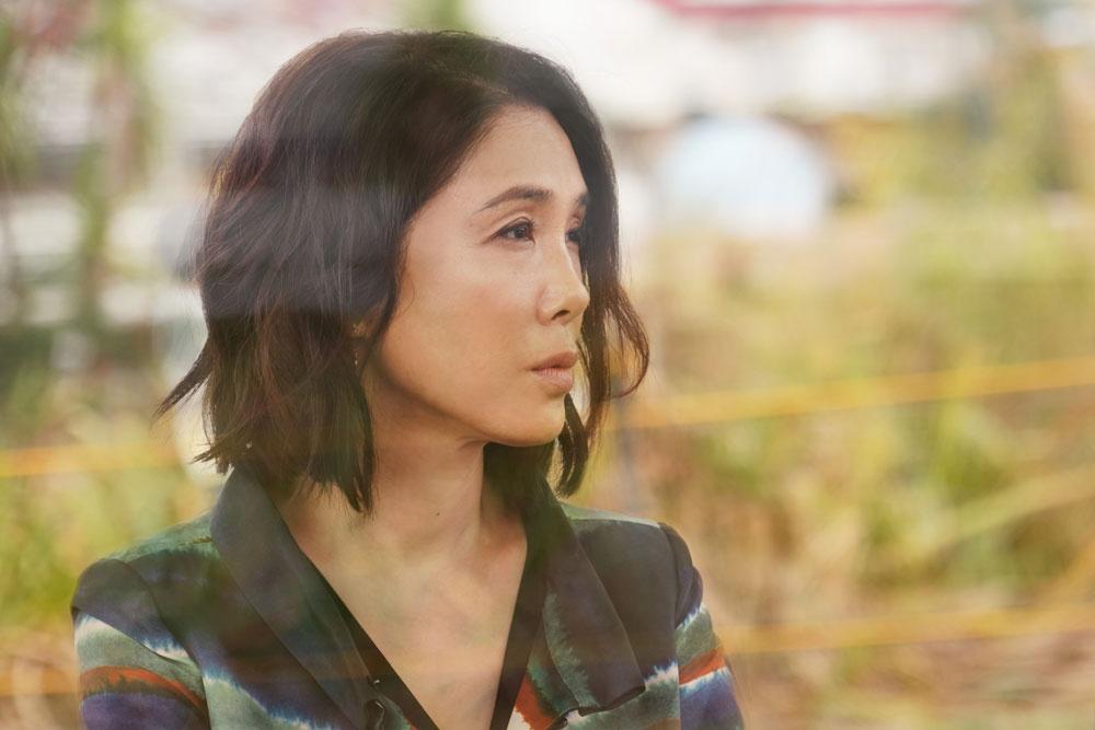 『淵に立つ』(16)に続き、深田晃司監督とタッグを組んだ女優・筒井真理子の演技力が光る『よこがお』