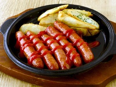 「BBQソーセージ&ポテト」399円