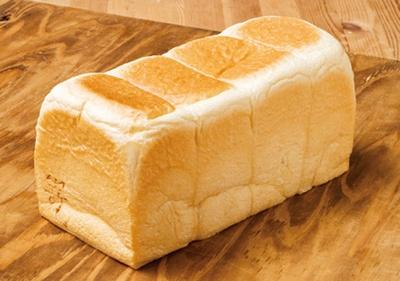 """【写真を見る】パンは、さまざまなアレンジに合う「高級食パン嵜本」の極美""""ナチュラル""""食パンを使用/高級食パン専門店 嵜本ベーカリー カフェ"""