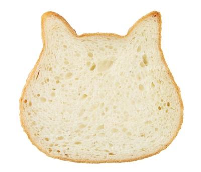「NEKO NEKO SHOKUPAN」の「100%みるく食パン ネコ型」(486円) /「オアシスパーク」