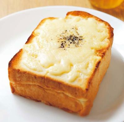 チーズトースト(400円)/オーサムベーカリー  なんば店