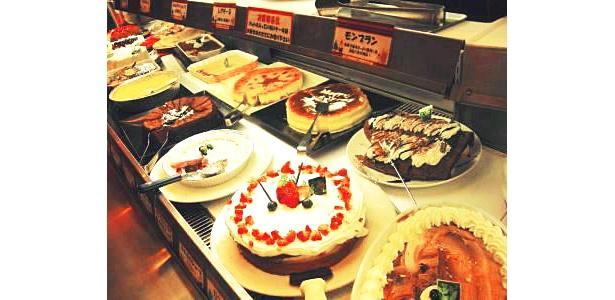 どれにしようか迷う!?おいしそうなケーキがいっぱい!