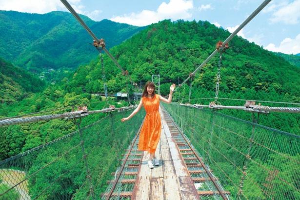 1954年完成のつり橋/谷瀬の吊り橋