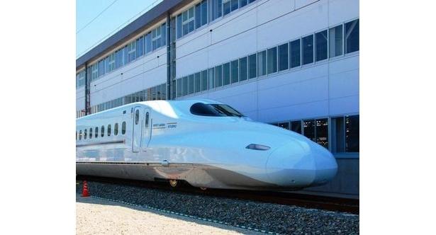 3月12日(土)登場予定の新型さくらとみずほ(車両は憧憬)。みずほは新大阪駅から鹿児島中央駅までを最速の3時間45分で結ぶ