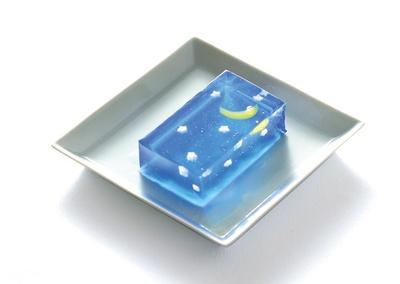 星づく夜(小810円、中1188円)/亀屋清永
