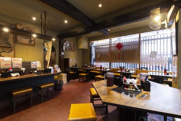 京町家調の趣のある店内が、ランチ時には連日満席に/担々麺専門店 煌力