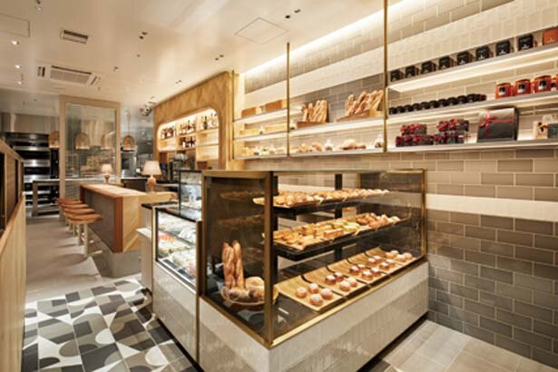 北浜の新ホテルの1階。パンプレートランチなども提供/パンカラト ブーランジェリーカフェ