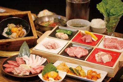 高品質で手ごろな肉がてんこ盛り!「極味や  西新駅前店」
