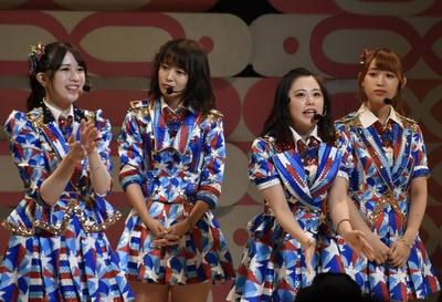 AKB48 チーム8 大阪にて「エイトの日」開催!