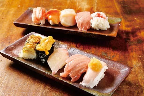 5貫のおまかせ寿司が一枚の皿にのった上まぜ(1240円)。ネタはトロ以外、皿ごとに変わる/中央市場 ゑんどう