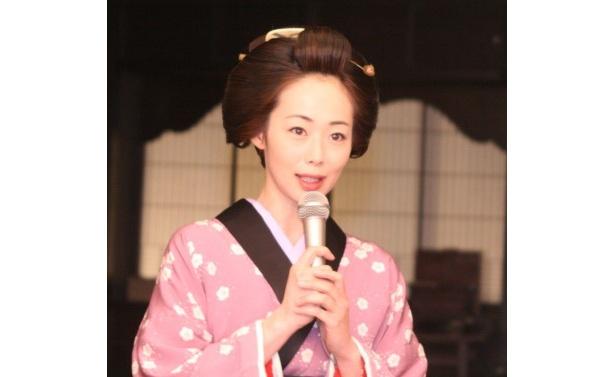 芹沢鴨に黒い情念を燃やす魅惑の女・お梅役を演じる井上和香