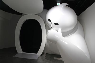 うんこミュージアムの公式キャラクター・ウンベルトが鎮座する「ウンベルトの間」。最後にウンベルトと記念撮影をぜひ