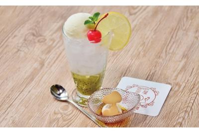 「北海道チーズアイスのクリームソーダ(キウイ)」(税抜650円)