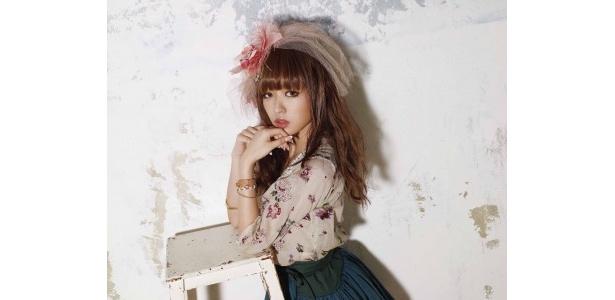 2月2日(水)に2ndアルバム「2 Girls」をリリースするYU-A
