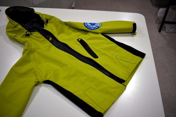 【写真を見る】体験時に着用するユニフォームは南極観測隊が実際に使用するものをモチーフにしている。着用すると、観測隊の気分に!/キッザニア甲子園