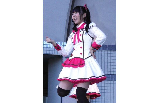 """""""らぶたん""""こと多田愛佳は「ファンの方に『バレンタイン・キッス』を届けられた」と達成感を表す"""