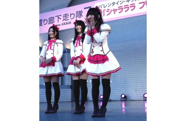 """""""わさみん""""こと岩佐美咲は「メンバーの中では最年少ということで、フレッシュに頑張ります」と意気込む"""