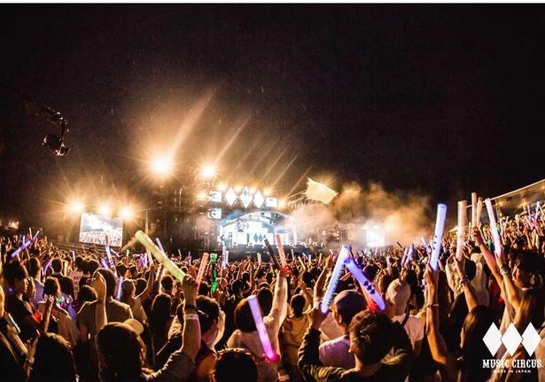 「MUSIC CIRCUS'19」は夜まで続く。フィナーレに近づくにしたがっていっそう盛りあがる