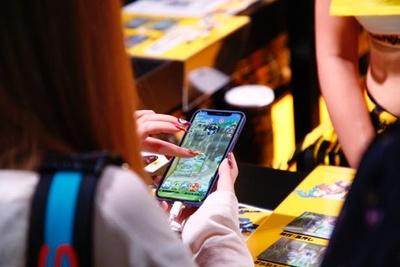 スマートフォンやタブレットにフォーカスした展示コーナーも多数