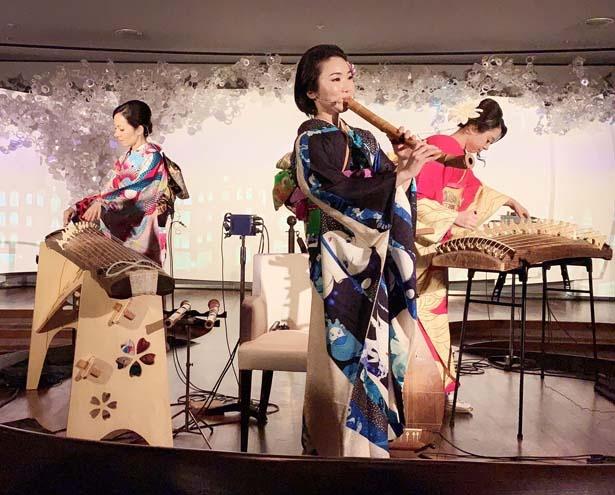 女性奏者3人による和楽器ユニット、Rin'。箏・十七弦・琵琶・三味線・尺八の5種の楽器で和の音色を奏でる