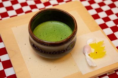 「お抹茶セット」(税別500円)。愛知県西尾産の抹茶を使用している