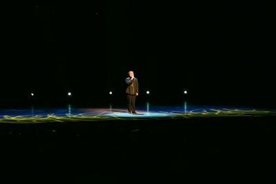 視覚障がい者の男性による独唱 / 夏休みスペシャル アジア交流企画 中国芸術団