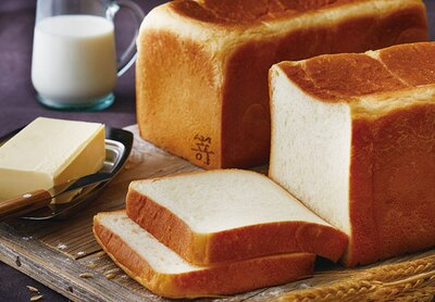 高級食パン専門店 嵜本 福岡藤崎店 / もっちりとした食感がやみつき!