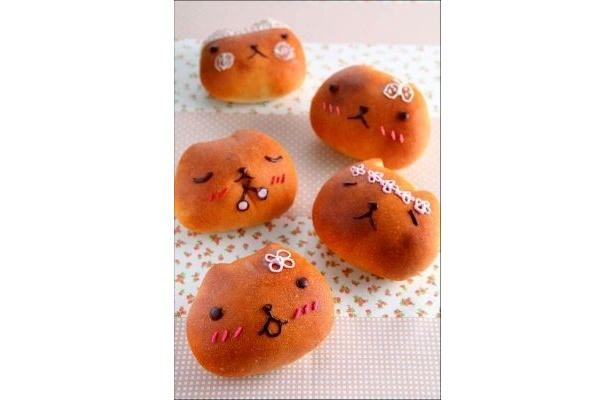 癒し系キャラクター・カピバラさんのデコ・パンを作るイベントが開催!