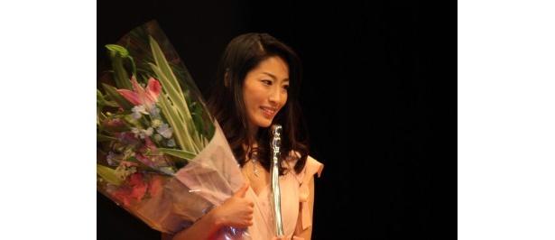 『ヌードの夜 愛は惜しみなく奪う』で最優秀新人賞を受賞した佐藤寛子