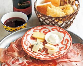 生ハム好きを魅了する!異なる味の8種食べ比べ「Prosciutteria Re:Pazza」