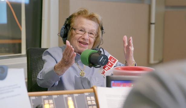 90歳の現役セックス・セラピストの言葉に勇気がもらえる『おしえて!ドクター・ルース』が公開!