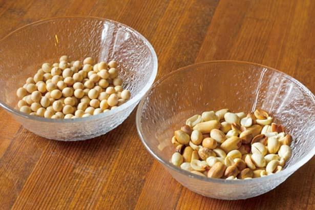 オリジナルのブレンド豆乳は、茹でたピーナッツと大豆から抽出/元気茶房
