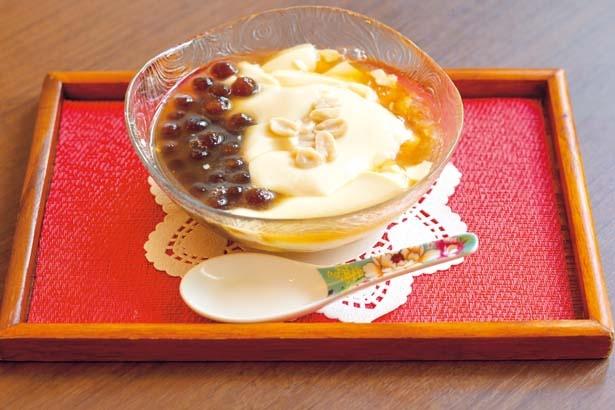 豆花(600円、タピオカトッピング+50円)/天福茗茶