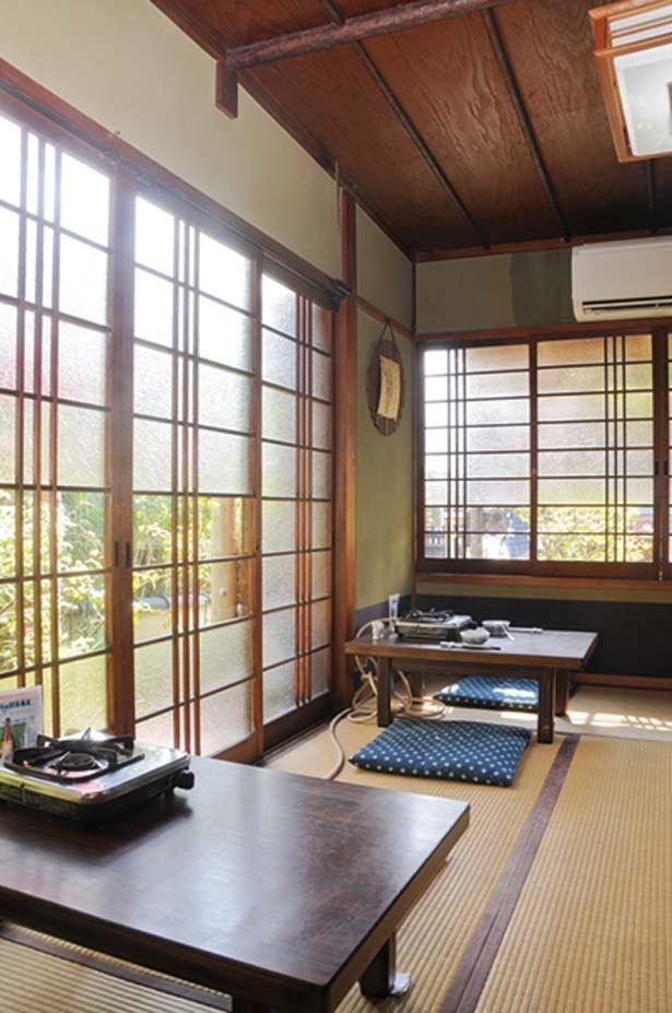 純和風の趣がある座敷席でゆったりとくつろぎながら絶品の湯豆腐を賞味あれ/湯どうふ 竹むら
